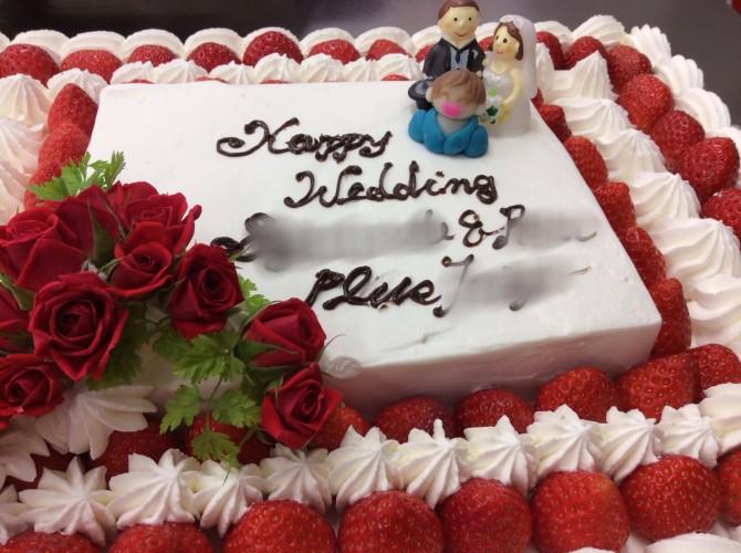 ファミリー婚ウエディングケーキ