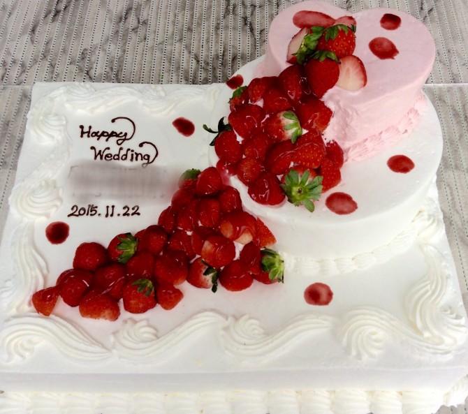 いちごの3段ケーキ